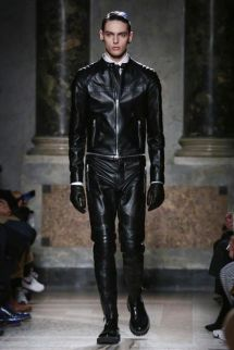 Les Hommes Fashion Show, Menswear Collection Fall Winter 2016 in Milan